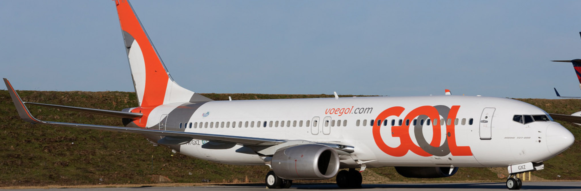 GOL's latest Boeing 737-800NG airliner.
