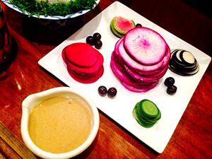 大磯野菜の浅漬け 白味噌バーニャカウダ