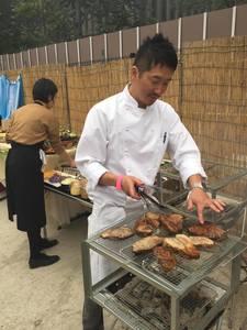 90名のバーベキュー披露宴パーティーの出張料理7