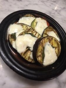 シチリア風揚げナスとトマトのオーブン焼き