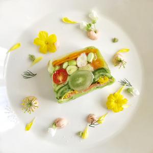 新鮮野菜と魚介のテリーヌ