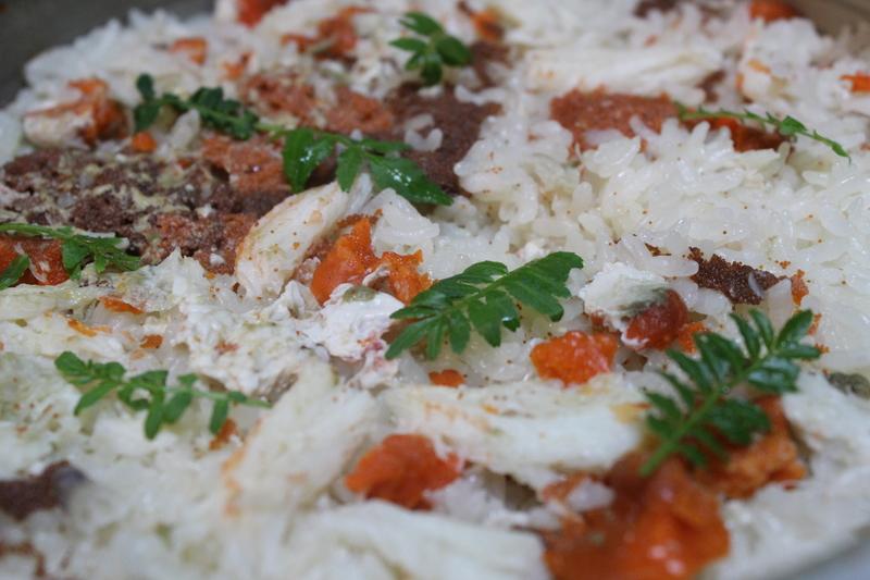 香箱ガニの内子と外子と身を使用した土鍋ご飯