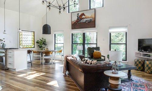 01 livingroom 20210627-IMG_7443-HDR.jpg
