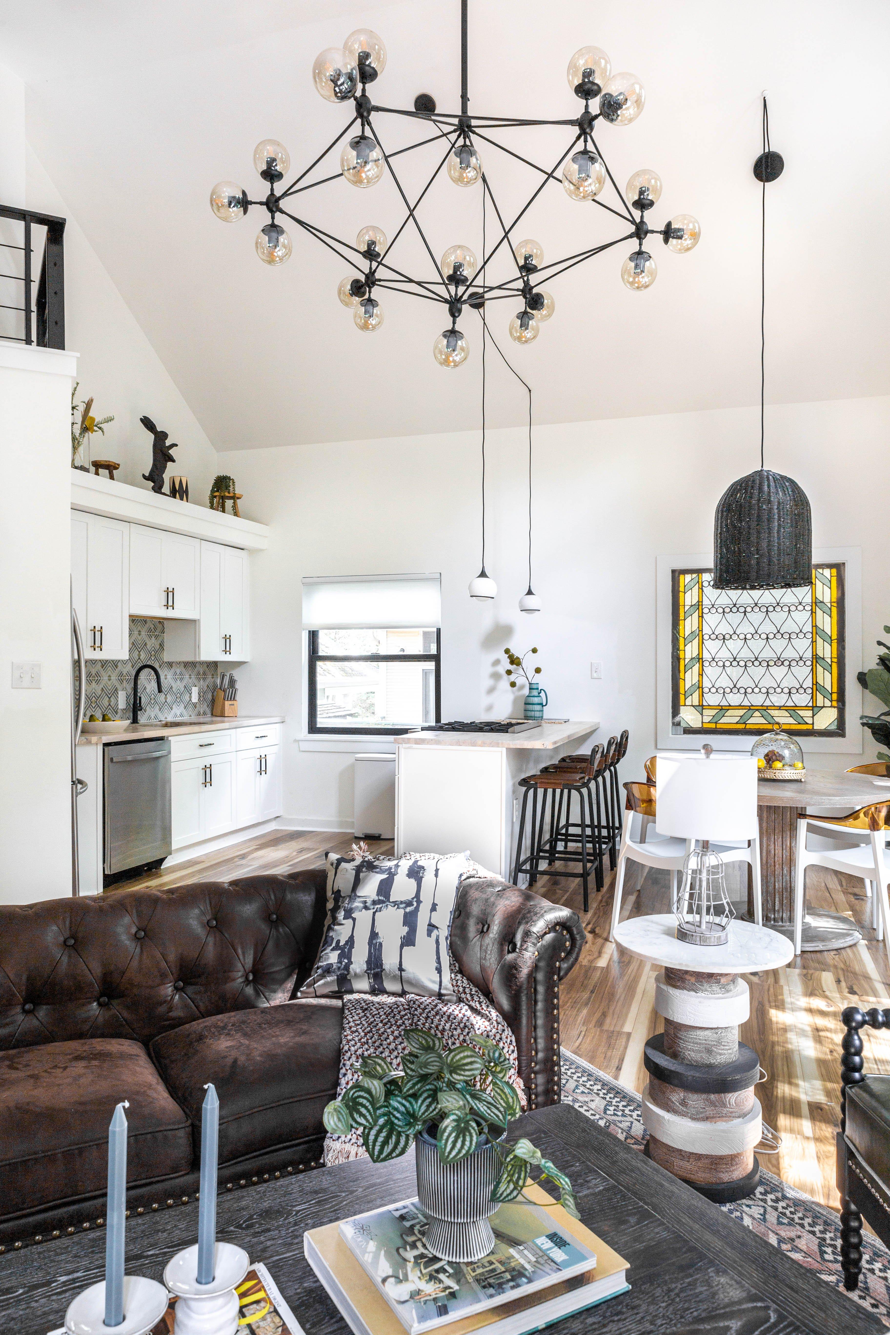 02 livingroom : kitchen 20210627-IMG_7516.jpg
