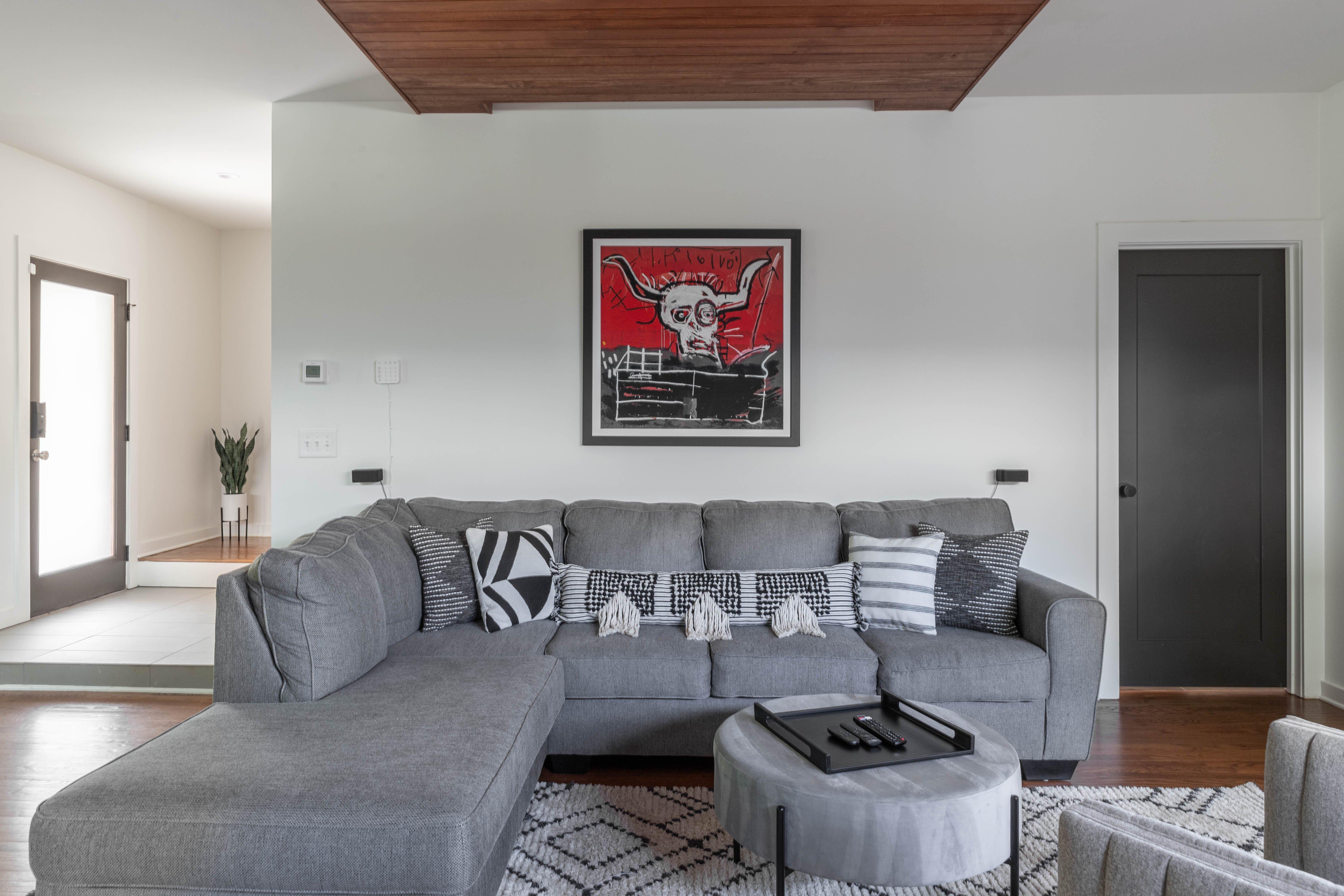 03 livingroom 20210707-IMG_7944-HDR.jpg