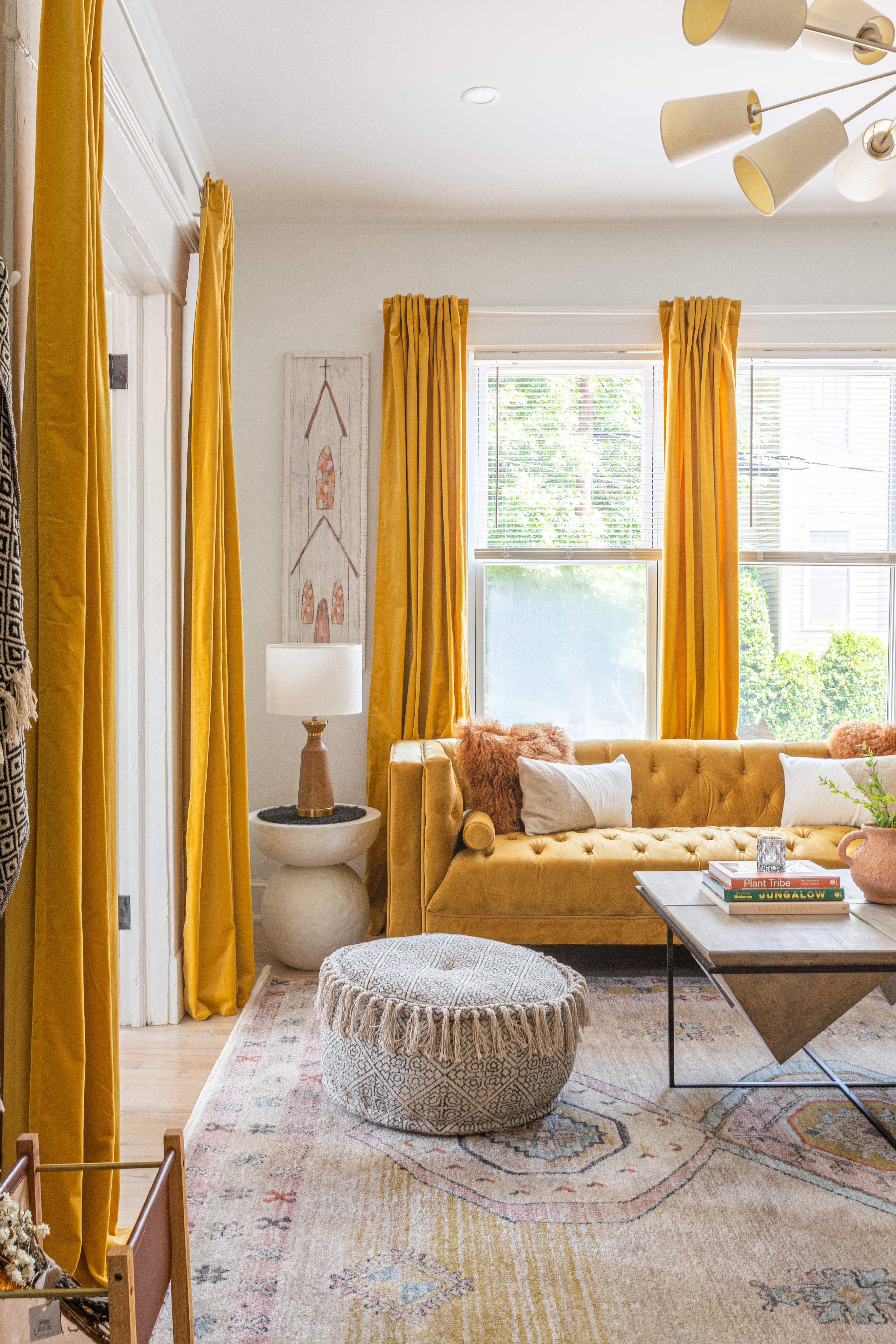 03 livingroom 20210728-IMG_1105-HDR.jpg