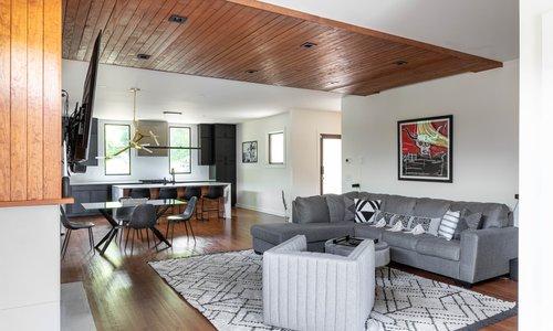 04 living room 20210707-IMG_7929-HDR.jpg