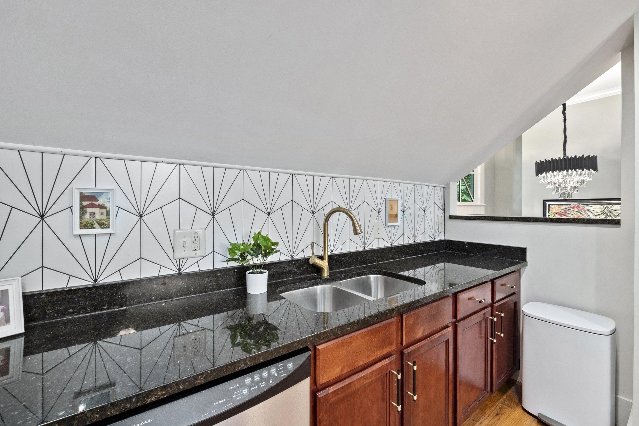 06 kitchen13.jpg