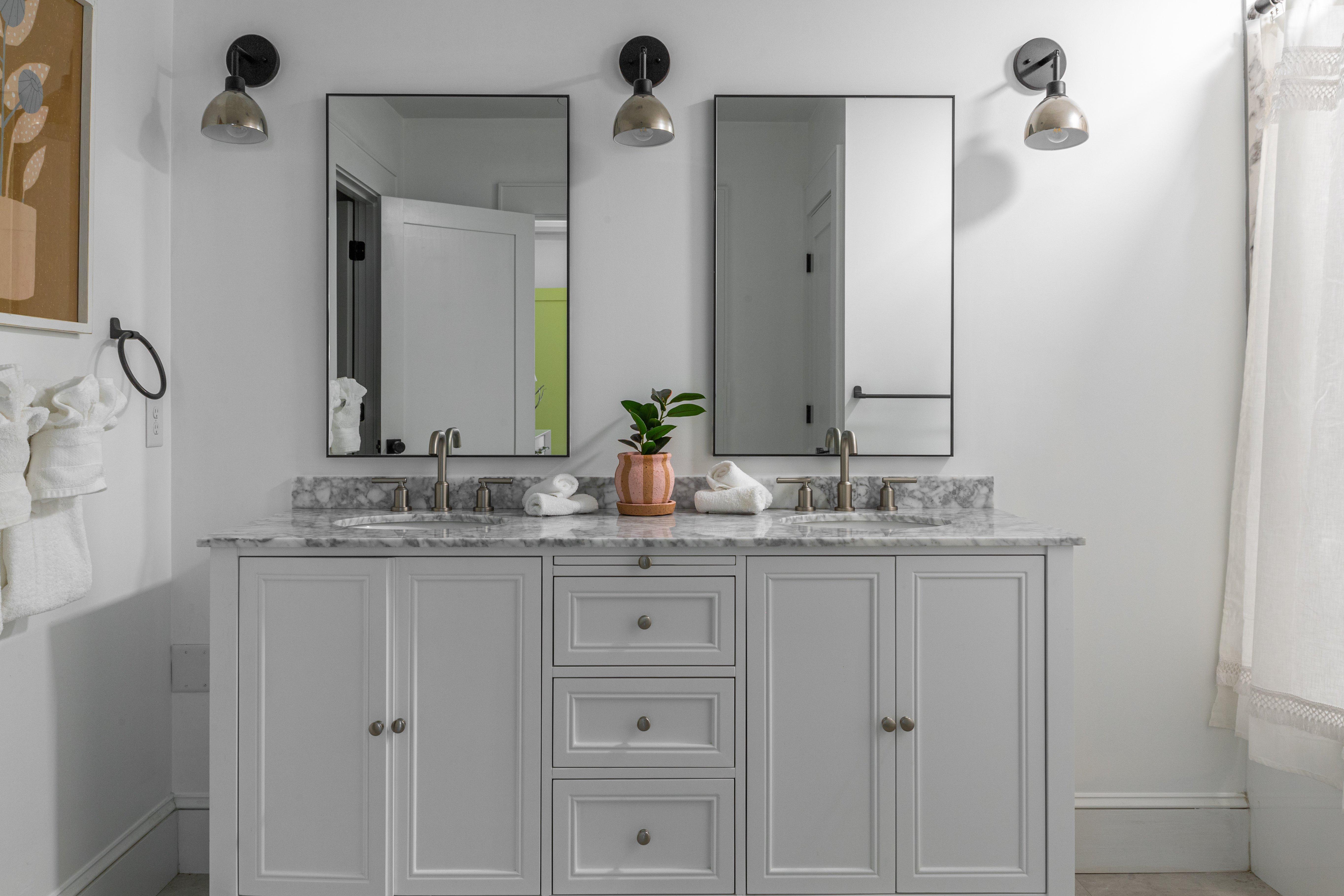 06 master bathroom 20210721-IMG_0449-HDR.jpg