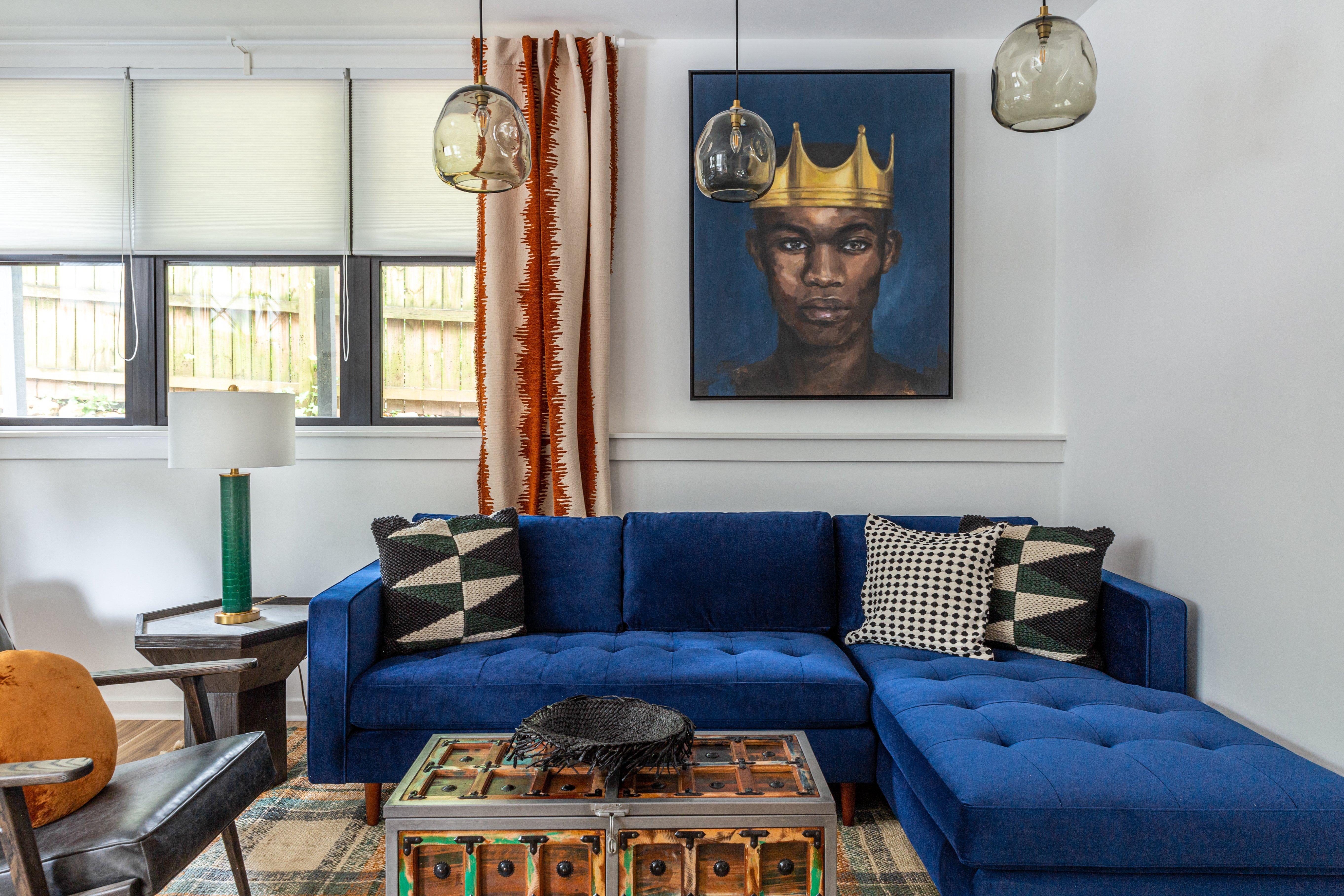 13 living room 4.jpg