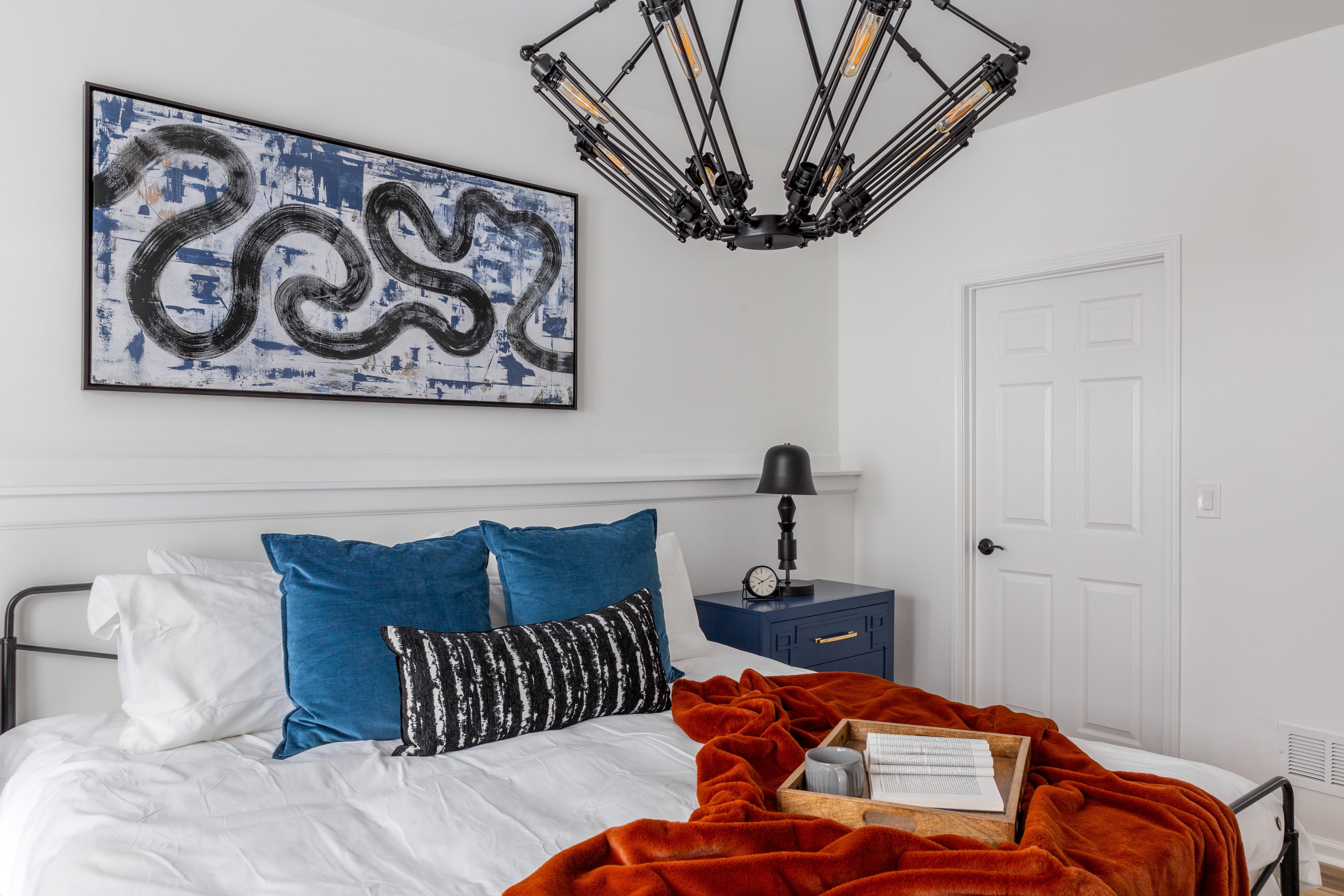 18 bedroom 1swim-meet-2-92-HDR.jpg