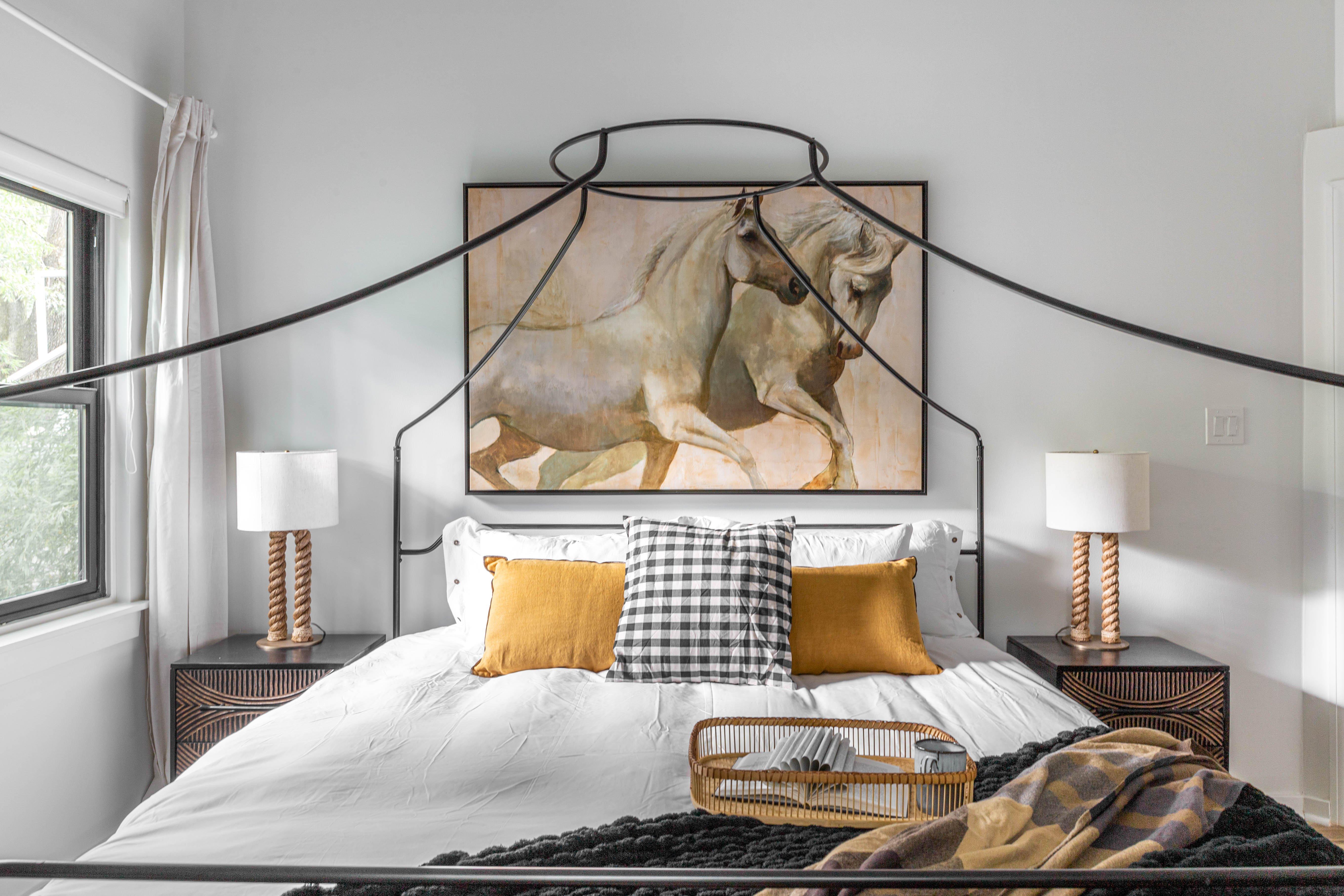 18 bedroom 20210627-IMG_7572-HDR.jpg