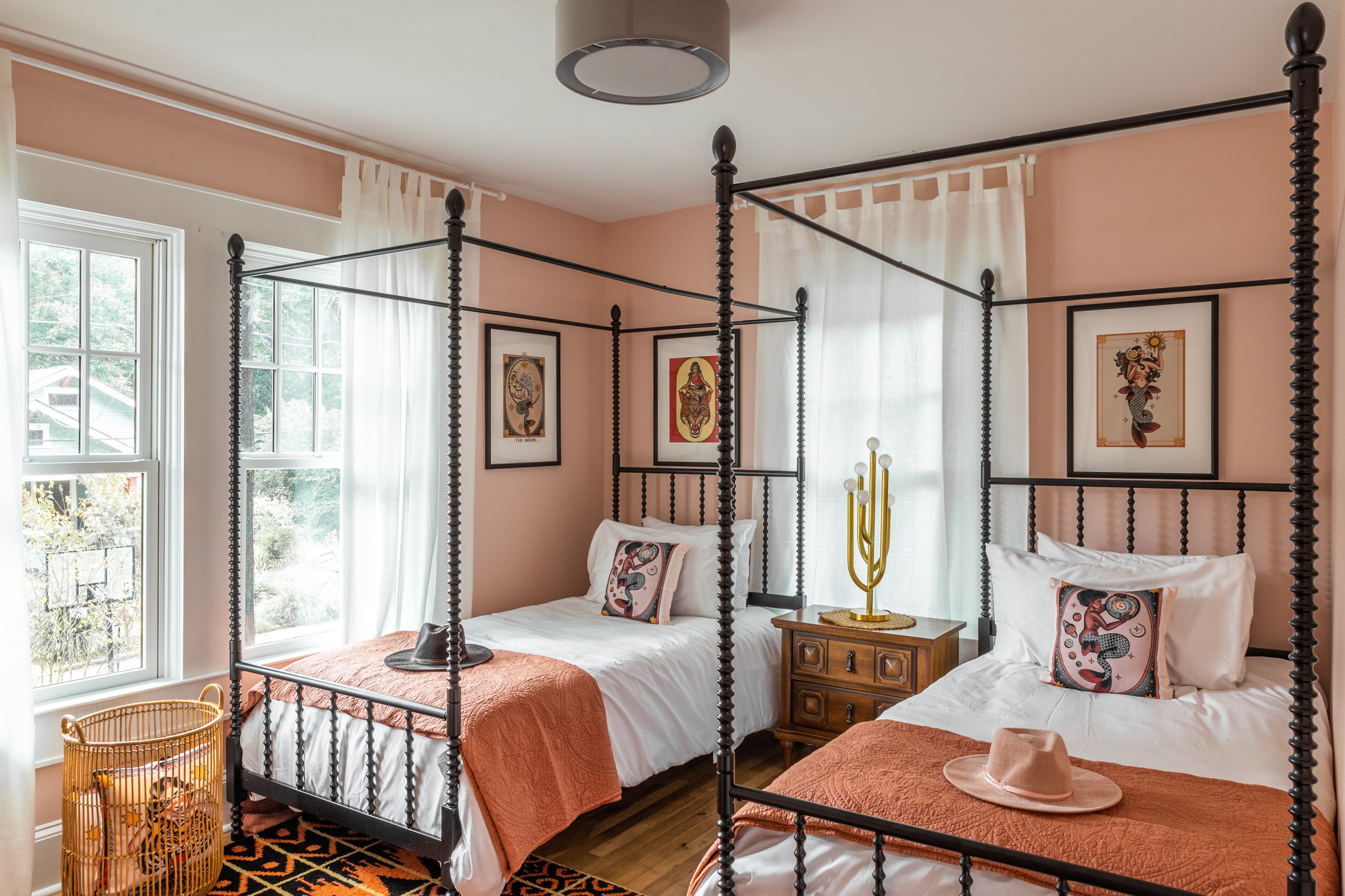18 twin bedroom 20210721-IMG_0292-HDR.jpg