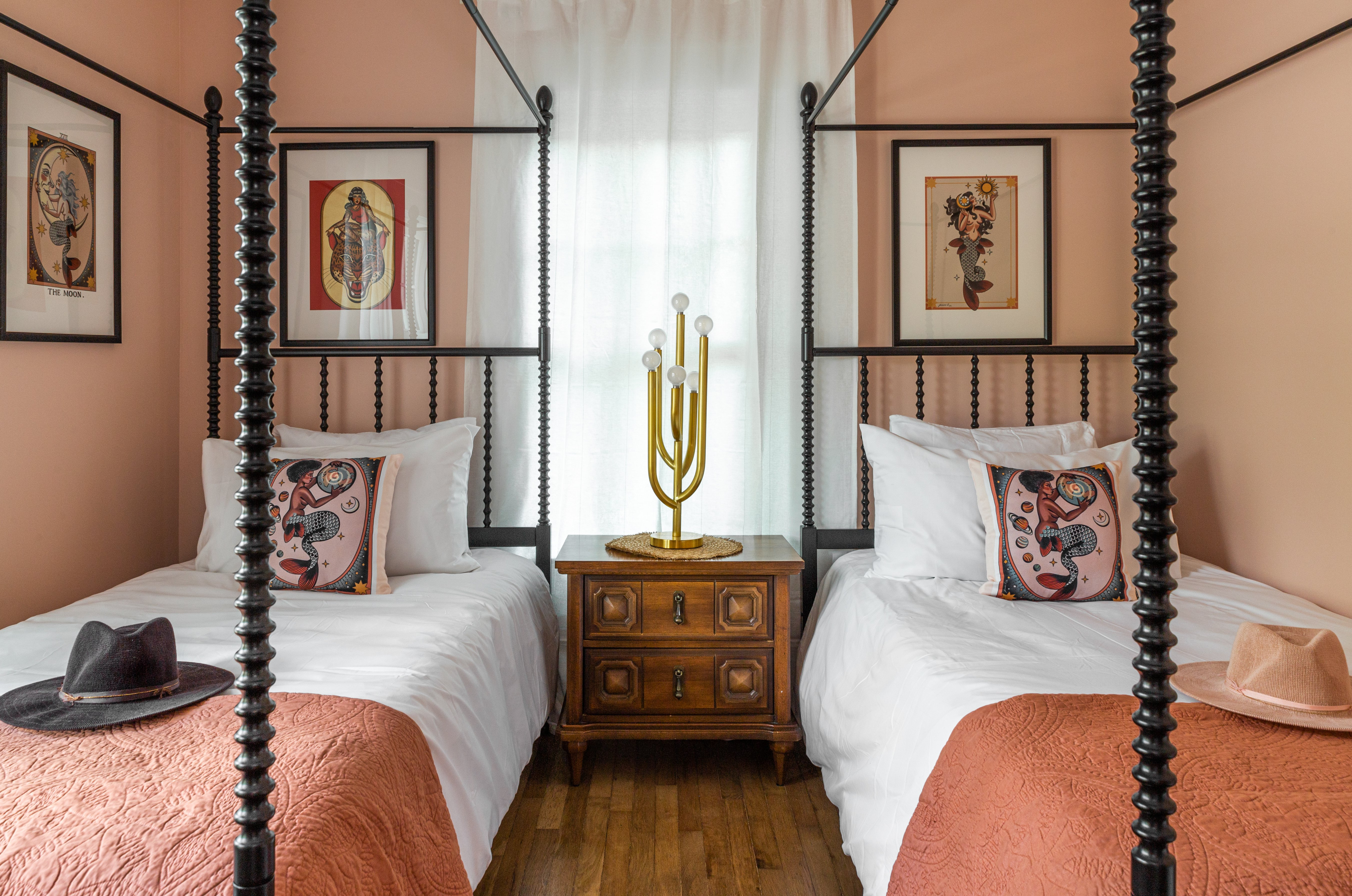19 Twin Bedroom 20210721-IMG_0314-HDR.jpg