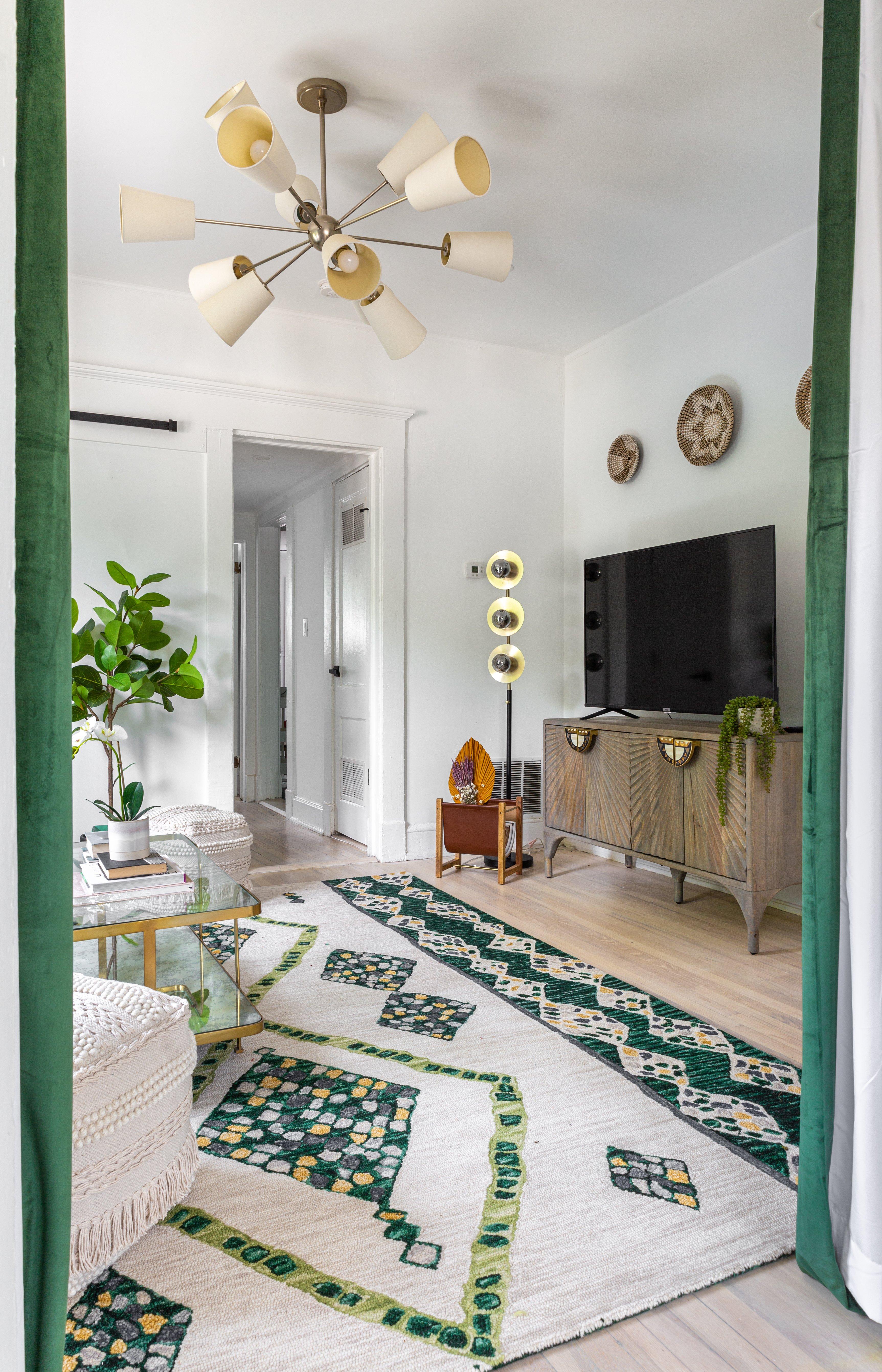 20 livingroom untitledswim-meet-2-10.jpg