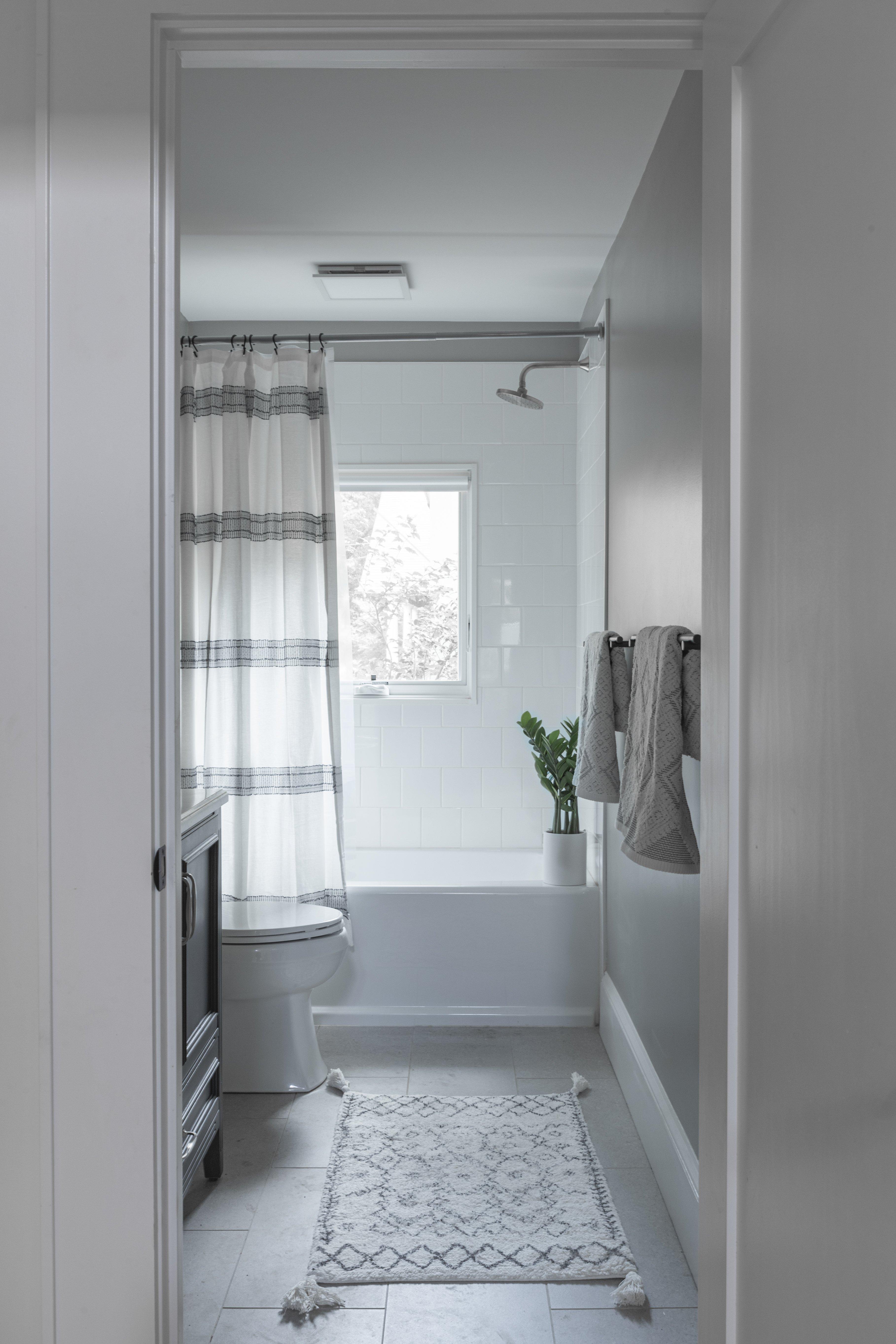22 bathroom 2 20210721-IMG_0357-HDR.jpg