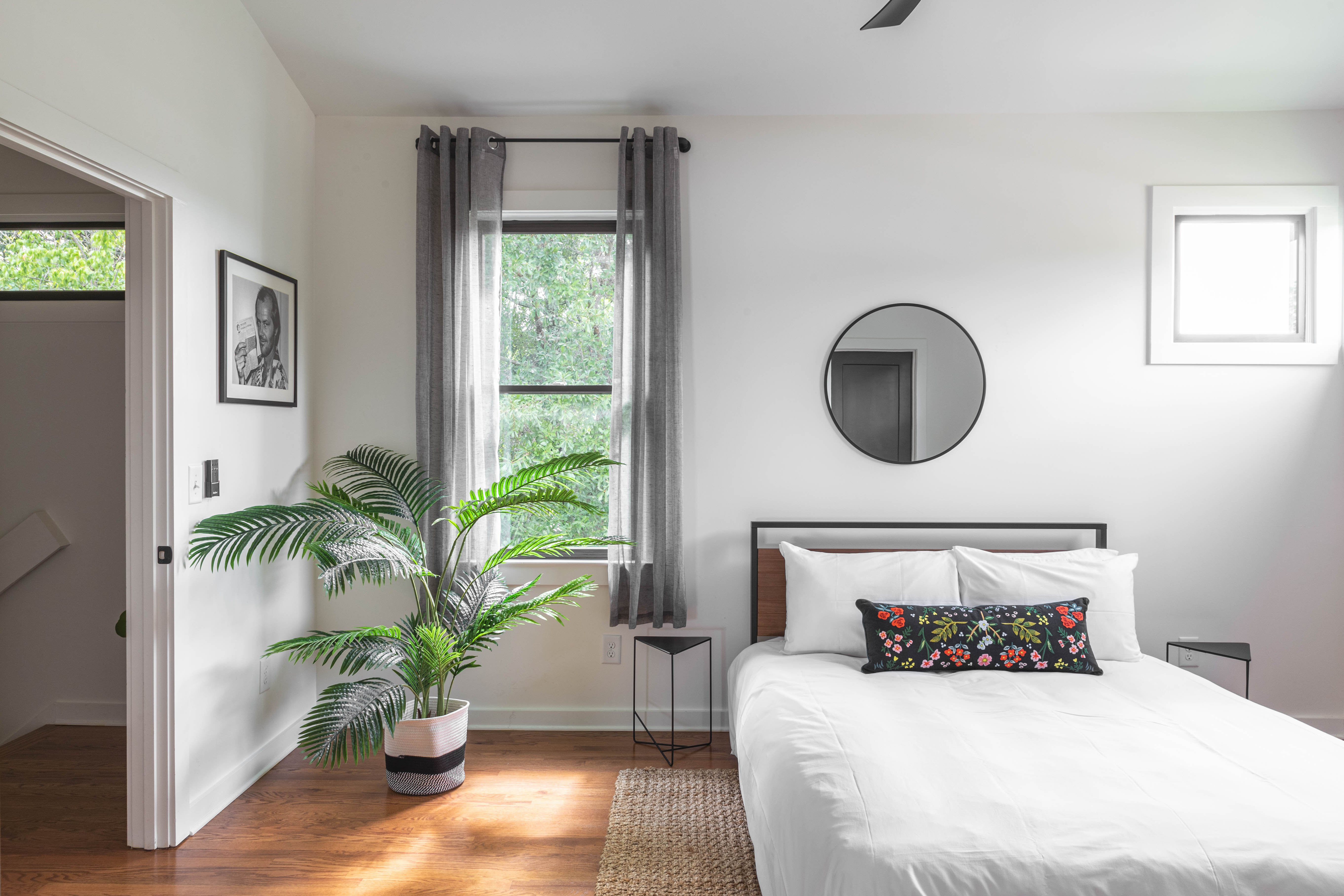 26 bedroom 2 20210707-IMG_8117-HDR.jpg