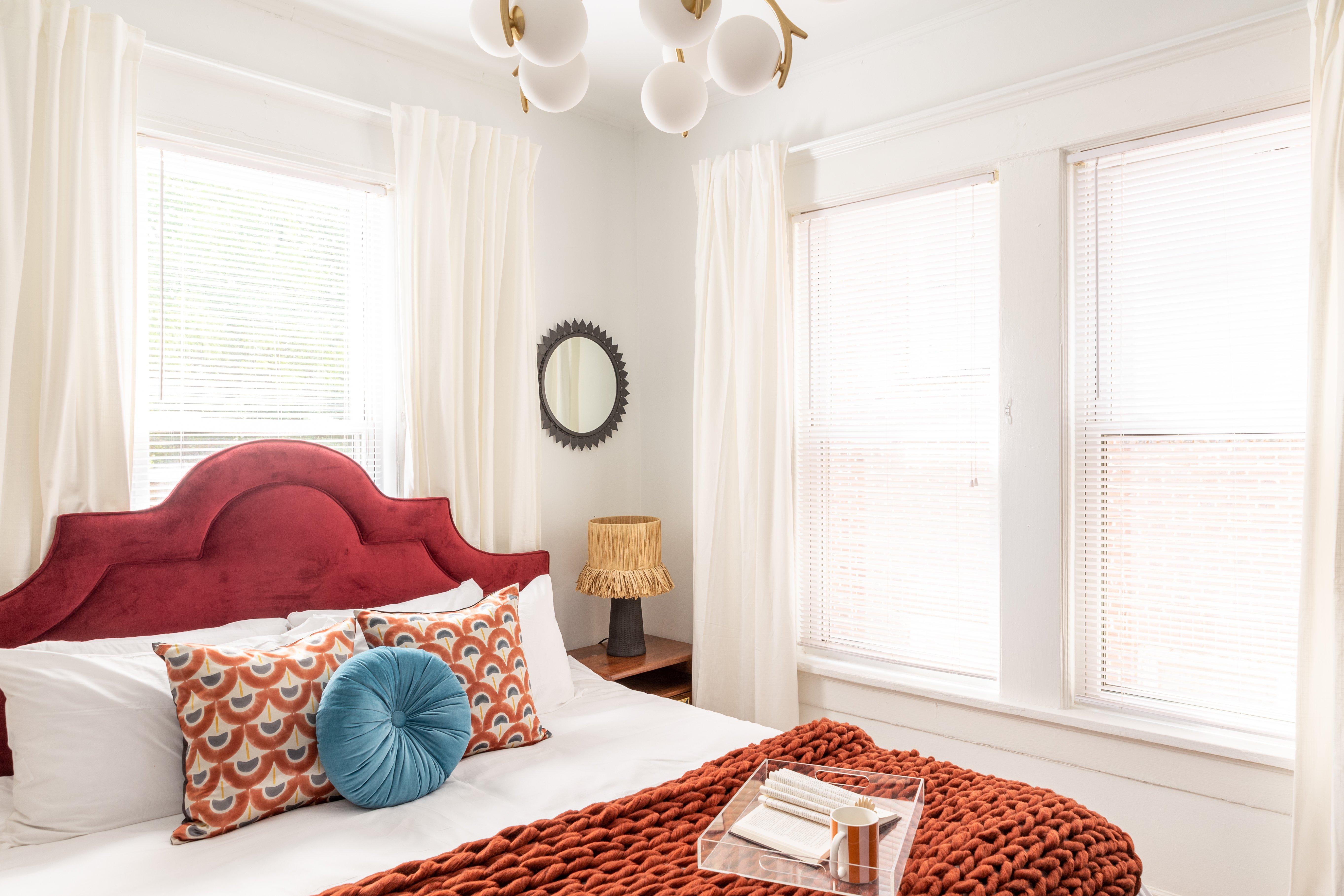 27 bedroom 20210810-IMG_2730-HDR.jpg