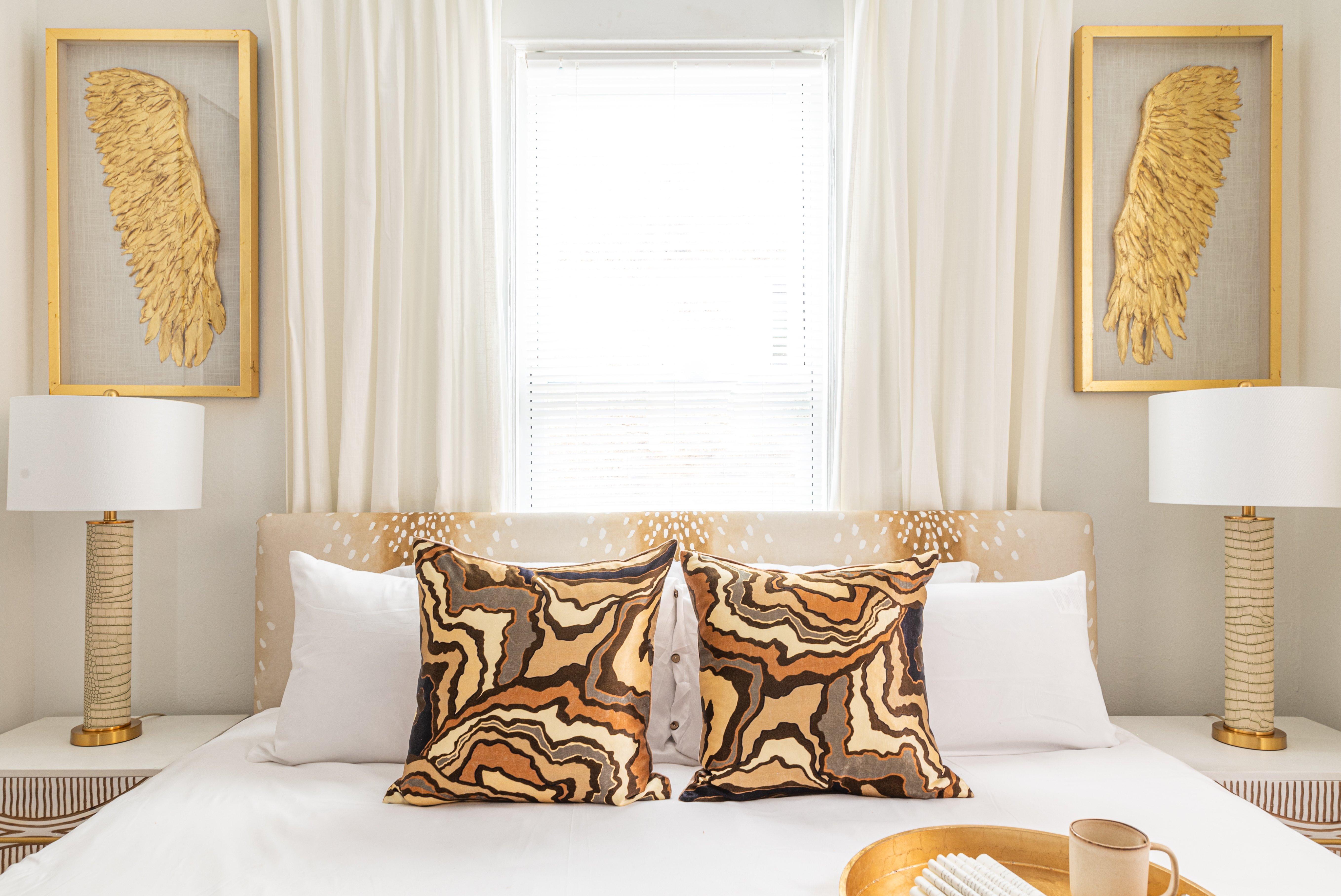 27 bedroom 20210810-IMG_2958-HDR.jpg