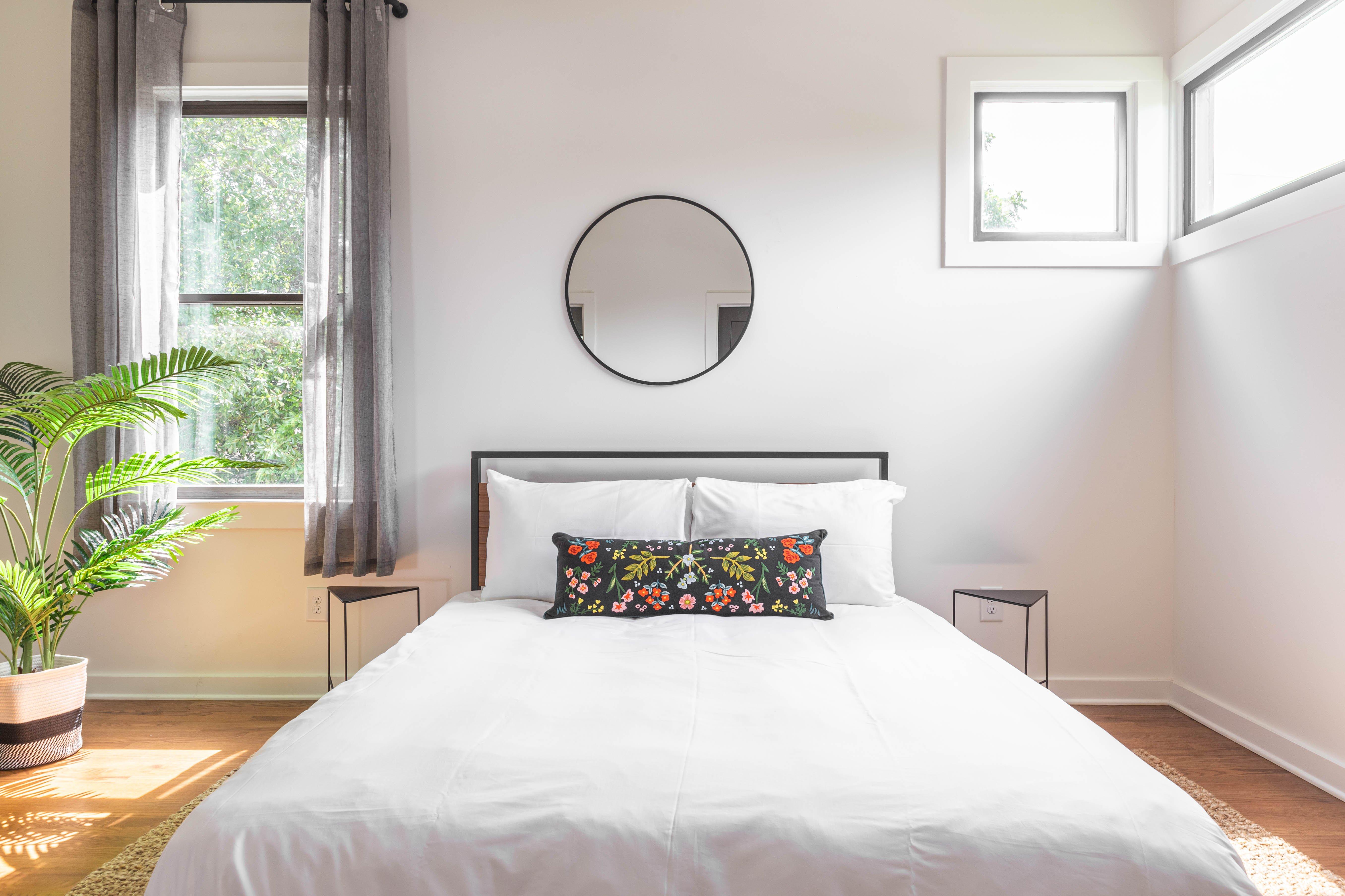 27 bedroom 2 20210707-IMG_8148-HDR.jpg