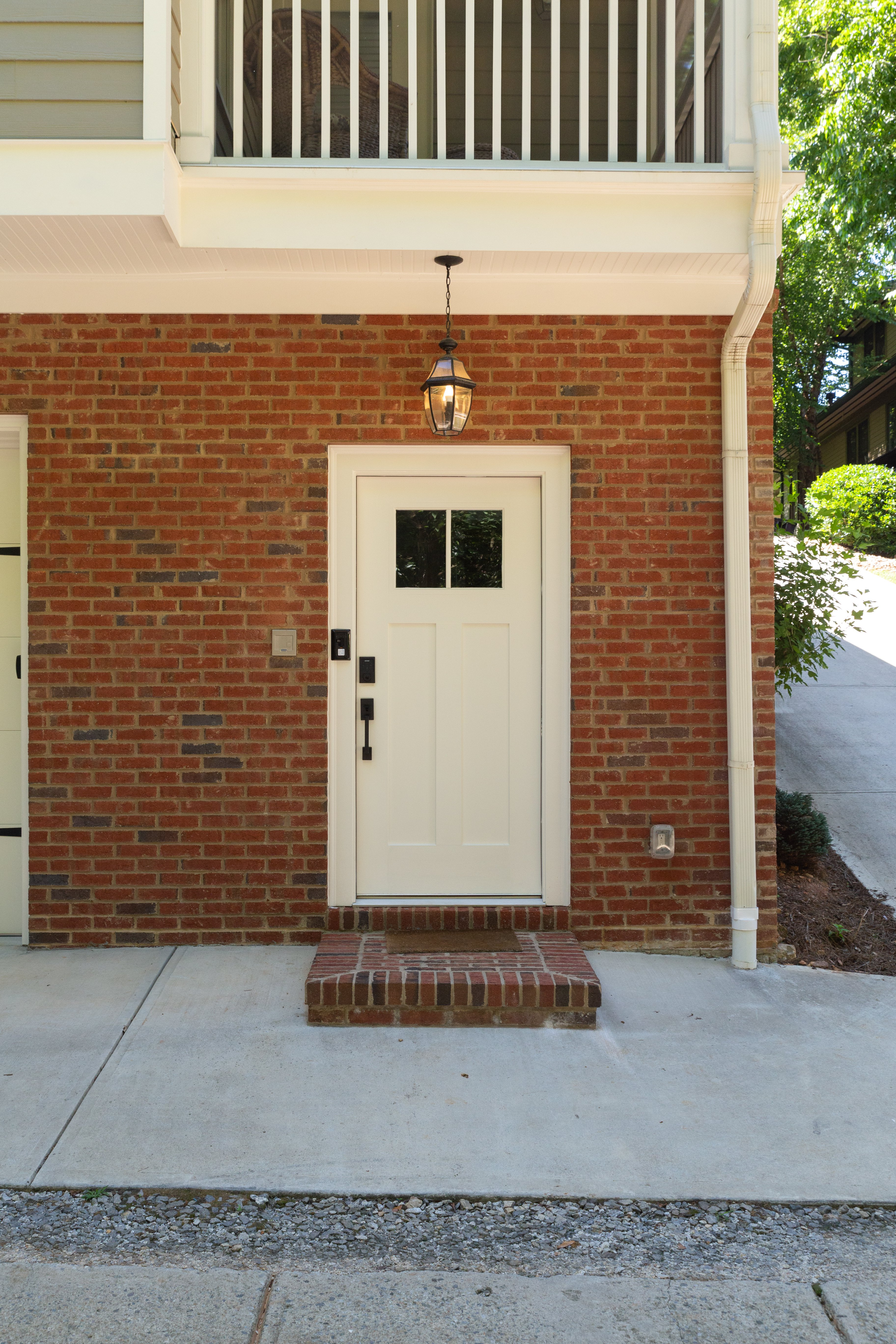 34 front entrance Sinclair Carriage House-28.jpg