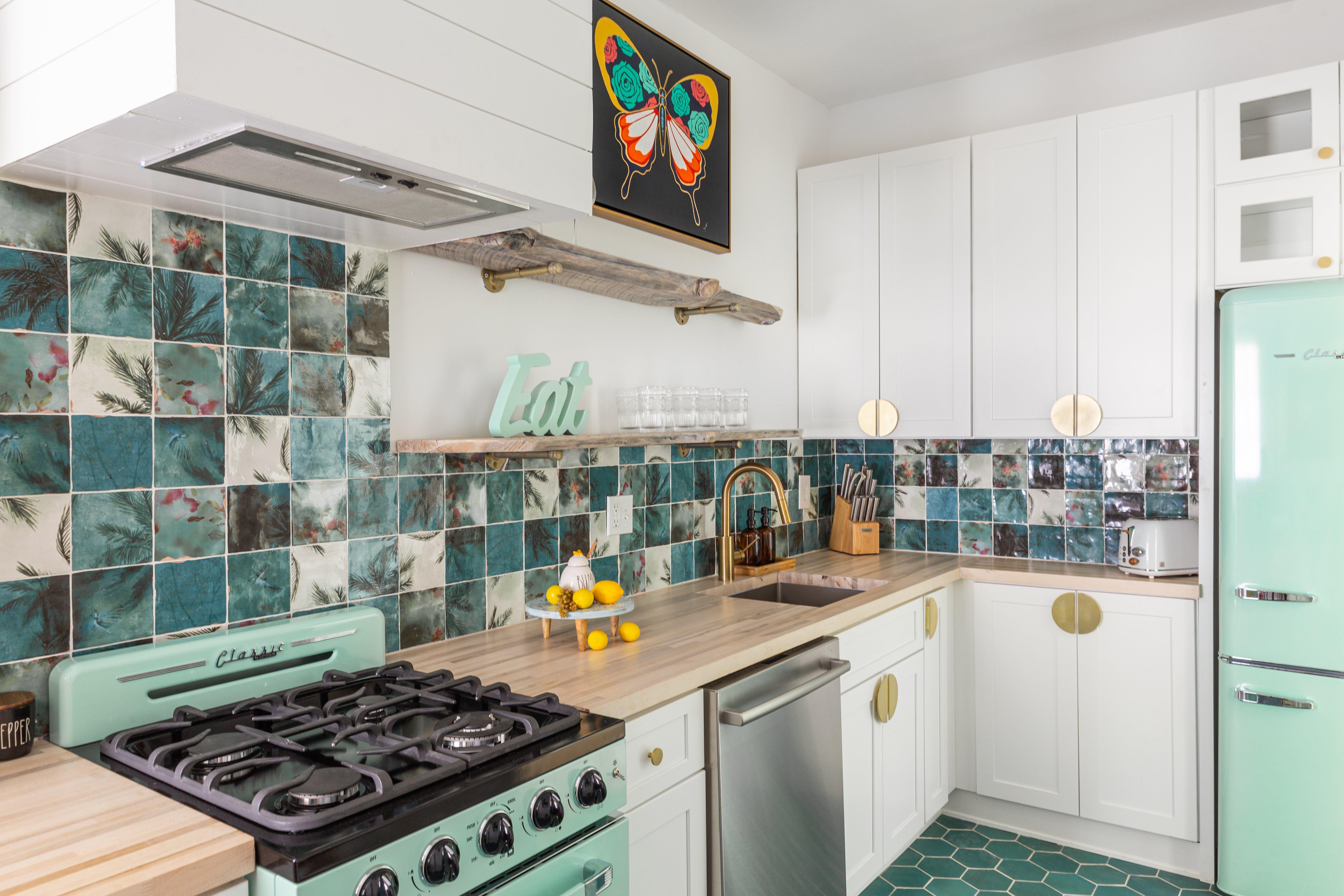 39 kitchen untitledswim-meet-2-146.jpg