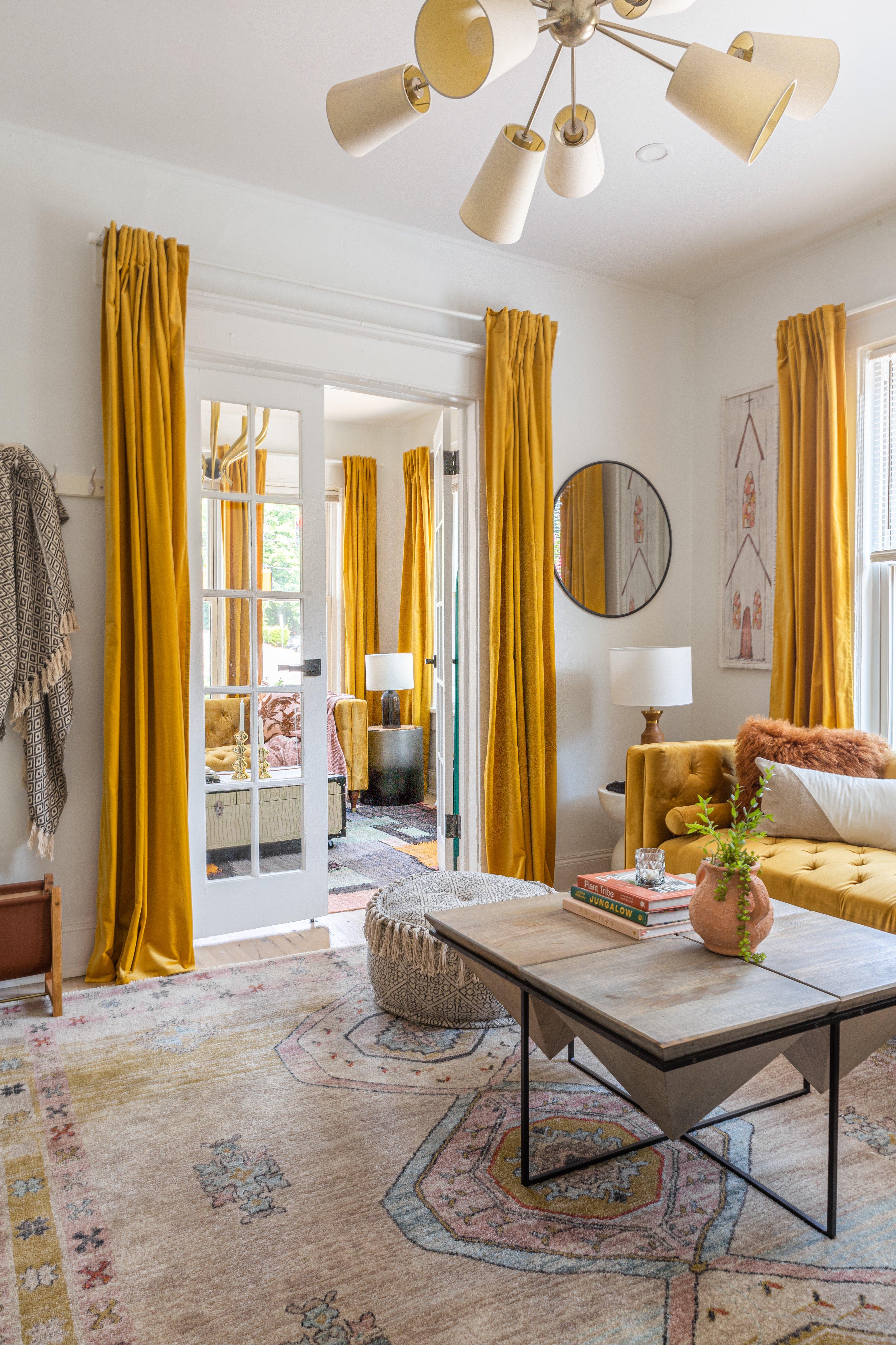 7.5 livingroom 20210728-IMG_1110-HDR.jpg