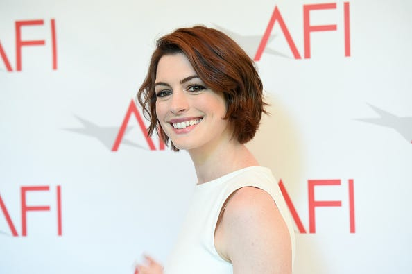 Anne Hathaway Plays a Prank When Asked About Her Pregnancy