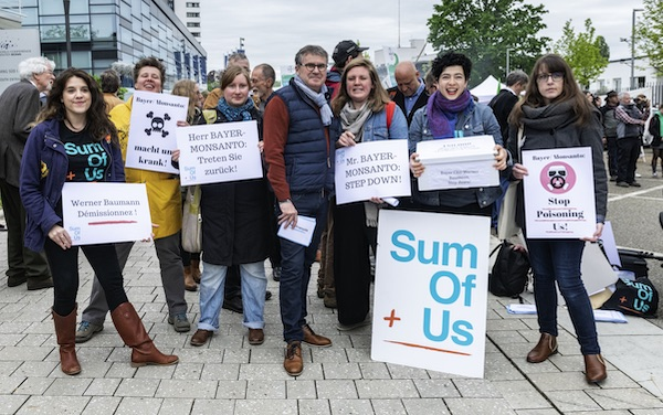 SumOfUs at Bayer's AGM
