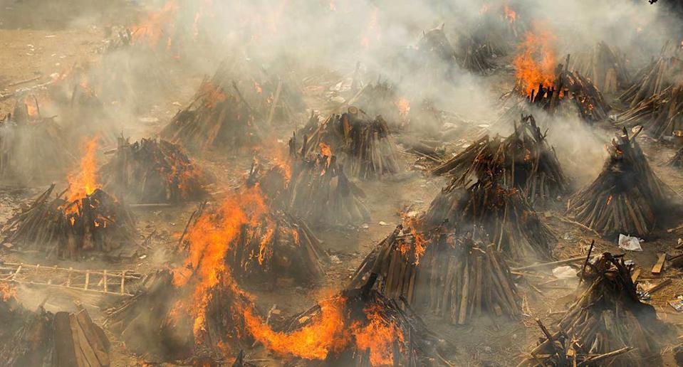 Smoking funeral pyres