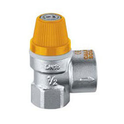 """1/2"""" x 3/4"""" FNPT Safety Valve for Solar Heating Systems (90 psi Preset) Product Image"""