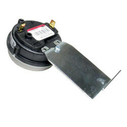".40"" W.C Pressure Switch Drain Product Image"