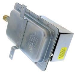 DPDT Air Pressure Sensing Switch w/ manual reset Product Image