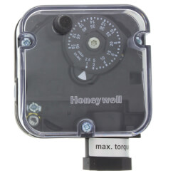 "01"" - 20'' W.C Man. Reset<br>1/4"" NPT Pressure Switch (Subtractive) Product Image"