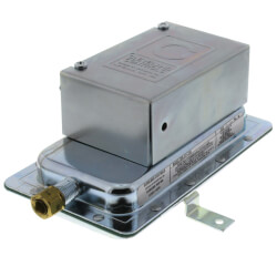 "SPDT Fixed Point Air Pressure Sensing Switch (.05"" W.C.) Product Image"