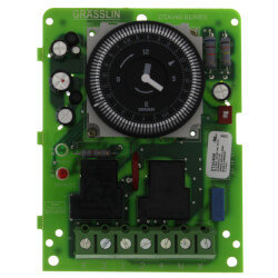Auto-Voltage Defrost Timer, 2 HP (120-240V) Product Image