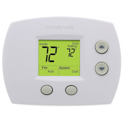 1H/1C FocusPro<br>Non-Programmable Thermostat Product Image
