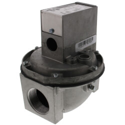 """Diaphragm Gas Valve Normally Closed, 1 psi<br>1-1/2"""" NPT Product Image"""