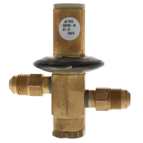 """3/8"""" x 3/8"""" SAE A7-B Constant Pressure Valve Product Image"""