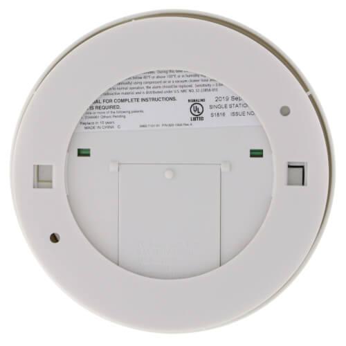 9v Battery Operated Ionization Smoke Alarm w/ Hush Product Image