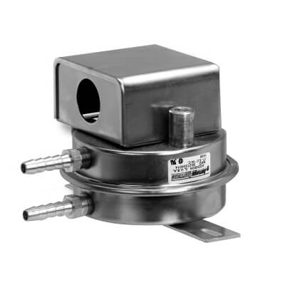 """1/8"""" SPDT Air Differential Pressure Switch with FM Approval, 0.17-6 WC Product Image"""