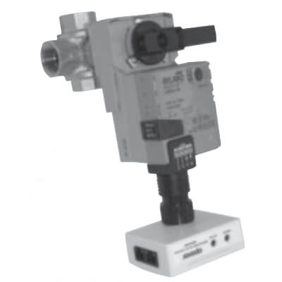 "3/4"" 3-Way Modulating Valve with Control (Cv = 4.7) Product Image"