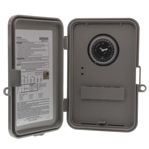 Auto-Voltage Defrost Timer, 2 HP NEMA 3R (120-240V) Product Image