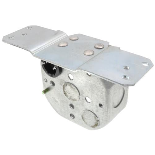 "1-1/2"" Steel Octagon Ceiling Box w/ Bracket  Product Image"