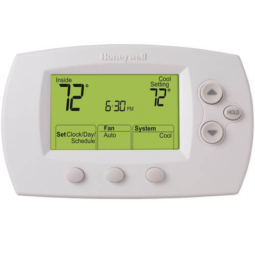 FocusPro Programmable, 2H/2C, Large Display Thermostat Product Image