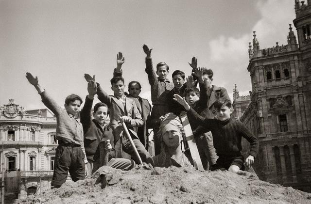 Niños formados para la guerra