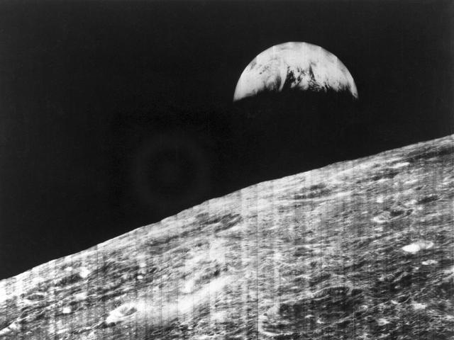 1st photo of Earth from the moon