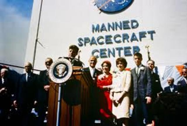 JFK Funds the Space Race