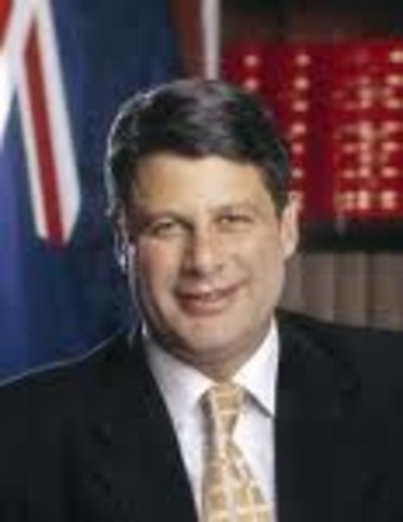 Steve Bracks and Labor reclaim parliament