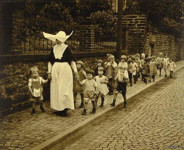Бесплатный детский сад в Англии.